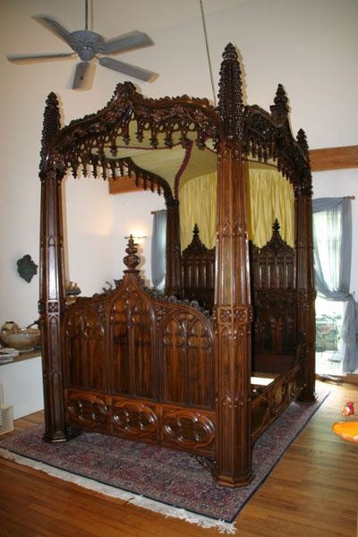 High Quality Gothic Bed
